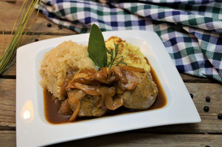 KücheDaheim - Leberknödel, Sauerkraut