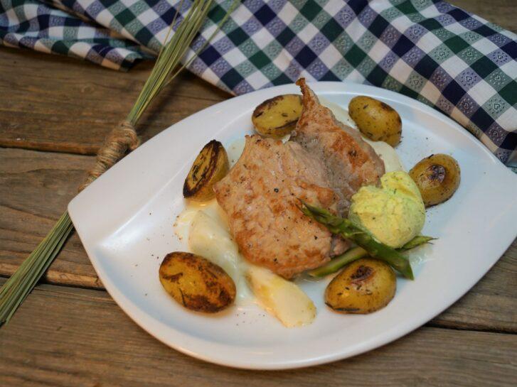 KücheDaheim - Kalbsmedaillons, Spargelgemüse